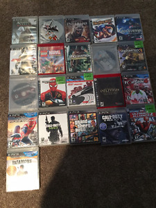 Sony PS3/2 Controllers/22 Games