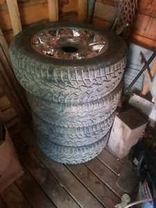 Ford h-d 275/60/20 mags and tires