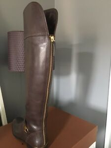 ***COACH Boots..My loss is your gain ** size 6 fits a 6.1/2