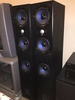 Polkaudio stereo system / home theatre