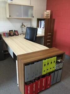 L shape desk/work station