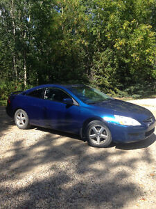 2005 Honda Accord Coupe (2 door) EXCELLENT CONDITION MUST SELL