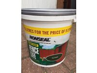 *******Ronseal one coat fence paint-ivy green****