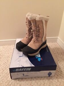 Women's Winter boots by Baffin for -40 degrees size 8