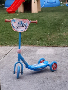 "FREE: Well-Loved ""Thomas the Train"" 3-Wheel Scooter"