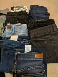 Womens Guess Jeans - Size 28 - 31