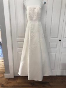 COMOX - Wedding Dress