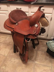 """15"""" and 16"""" Western Saddles for sale"""