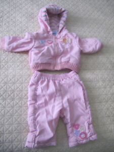 Size 3 -6 months old girl's PINK DISNEY WINNIE THE POOH SNOWSUIT