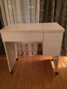 sewing machine cabinet/table