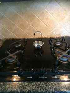 Gas Cooktop- Kenmore Elite