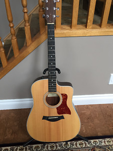TAYLOR Acoustic Guitar series 210CE- GREAT condition