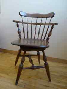 antique rotary armchair West Island Greater Montréal image 1