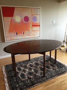 Lovely, Versatile Mahogany Table, Collapsible Leaves