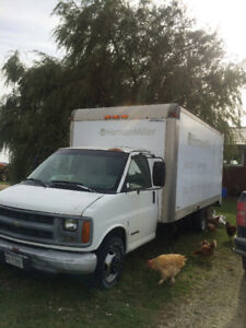 1999 Chevrolet ETV, 16' box Cube Van for Sale