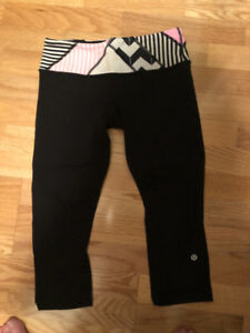 Lululemon Wunder Under Crops - Size 6