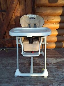 peg perego prima pappa high chair $30.00 Strathcona County Edmonton Area image 1