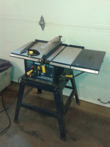 """10"""" Deluxe Table Saw.   Mastercraft  50$ Firm"""