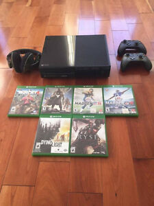 XBOX ONE WITH 2 CONTROLLERS,1 HEADSET AND 6 GAMES FOR SALE