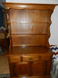 Roxton - Classic Hutch and Buffet - Solid Maple