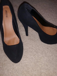 Ardene high heel shoes - worn once