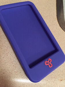 8GB iPod Touch London Ontario image 4