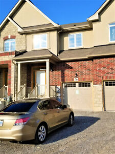 Beautiful New 3 Bedroom Townhouse for Rent in Stoney Creek