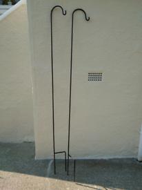 Garden lantern holders