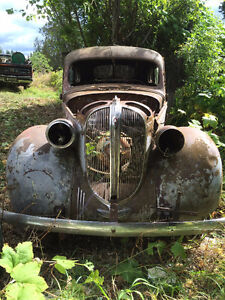 1938 Plymouth, price reduced, delivery possible.
