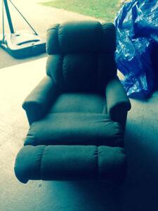 Mint Power Lift Reclining Chair