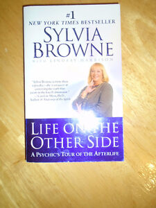 Sylvia Browne (Author) - Life on the Other Side: A Psychic's Tou