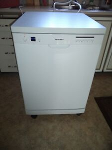 Portable counter top dish washer Near New