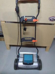 Lawn Mower battery powered reel mower
