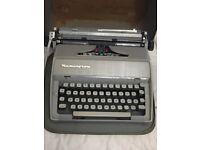 Vintage 1950/60's Remington Fleetwing Portable Type Writer in Working Order