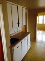 2 BDRM AT 417a ST. FELIX AVAILABLE NOW