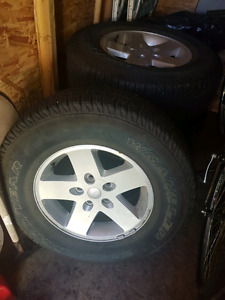 2010 Jeep Wrangler tires and rims