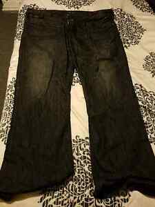Guess size 42 Mens Jeans