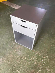 Side or End Table / Magazine Stand / Bedside Table