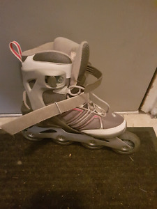 Size 8 Rollerblades -Womans