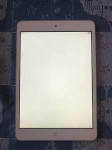 Apple iPad Mini A1432 16GB fully functional great condition.