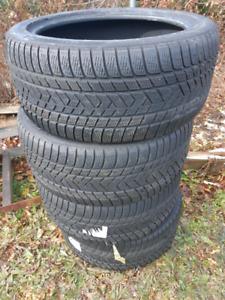 Pirelli Scorpion 285 40 R20 Winter tires