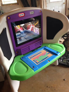Little Tykes IBM Young Explorer Computer Table