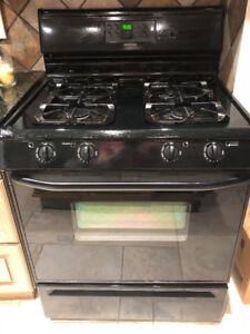 GE Black Natural Gas Oven/Stove