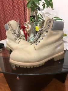 Mens white timberlands US size 9