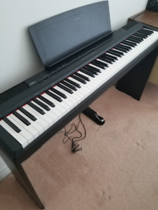 Yamaha P-105 Digital Piano/Keyboard (88 Fully Weighted Keys)