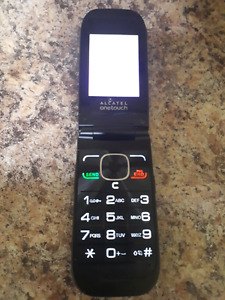 Alcatel one touch flip phone gently used