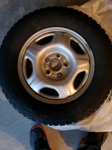 2003 honda crv  winter tires and rims