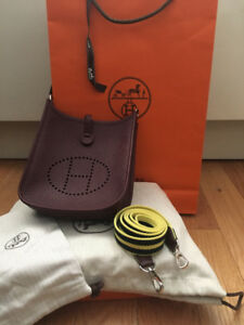 Hermes Evelyne Leather Handbag