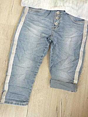 Silber Baggy Shorts (S 36  Short capri Jeans mit Silber lurex Streifen Baggy Knöpfe zum krempeln)