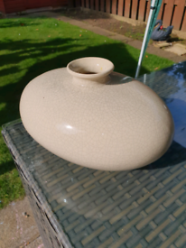Large crackle glaze vase